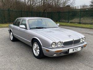 Picture of 2002 jaguar xj8 3.2 executive - low miles, super value For Sale