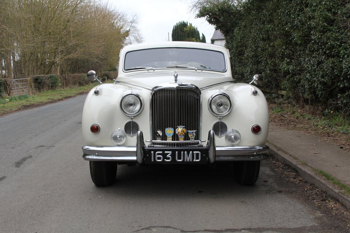 1958 Jaguar Mk IX 3.8 Automatic Saloon For Sale (picture 2 of 19)