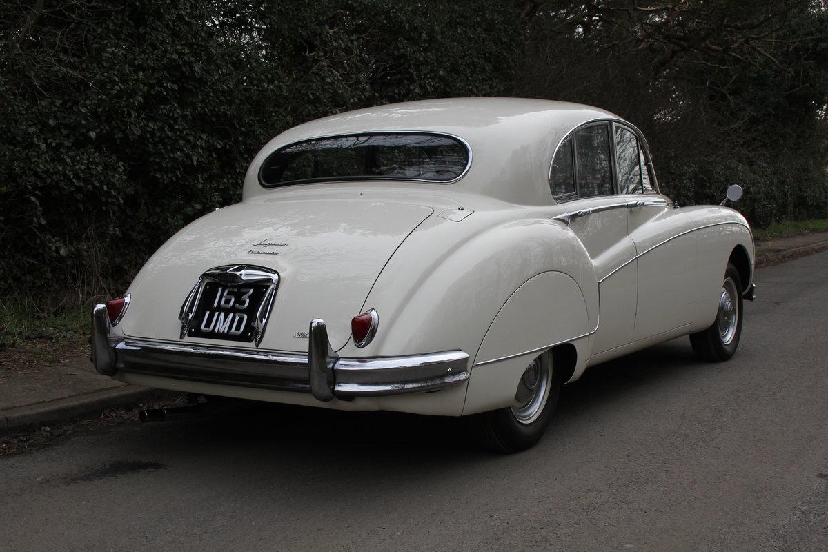 1958 Jaguar Mk IX 3.8 Automatic Saloon For Sale (picture 6 of 19)