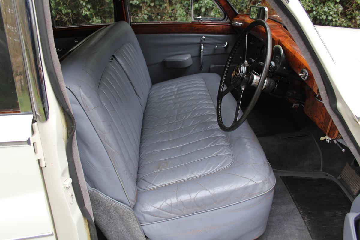 1958 Jaguar Mk IX 3.8 Automatic Saloon For Sale (picture 8 of 19)
