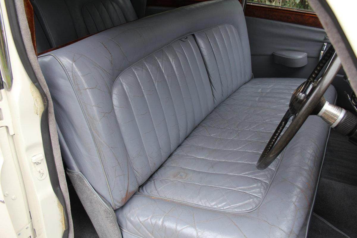1958 Jaguar Mk IX 3.8 Automatic Saloon For Sale (picture 9 of 19)