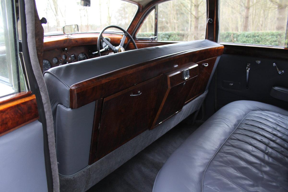 1958 Jaguar Mk IX 3.8 Automatic Saloon For Sale (picture 16 of 19)