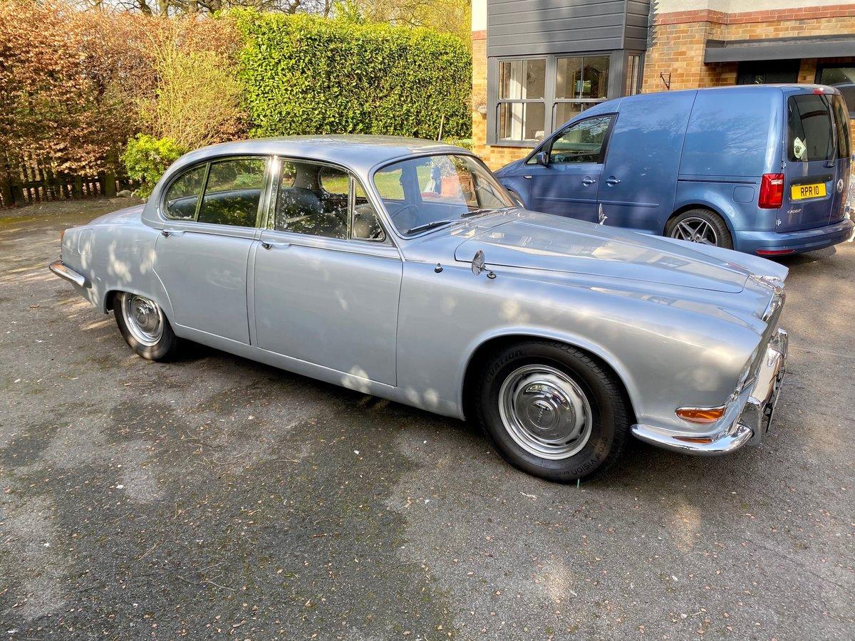 £11,995 : 1968 JAGUAR 420 For Sale (picture 1 of 12)
