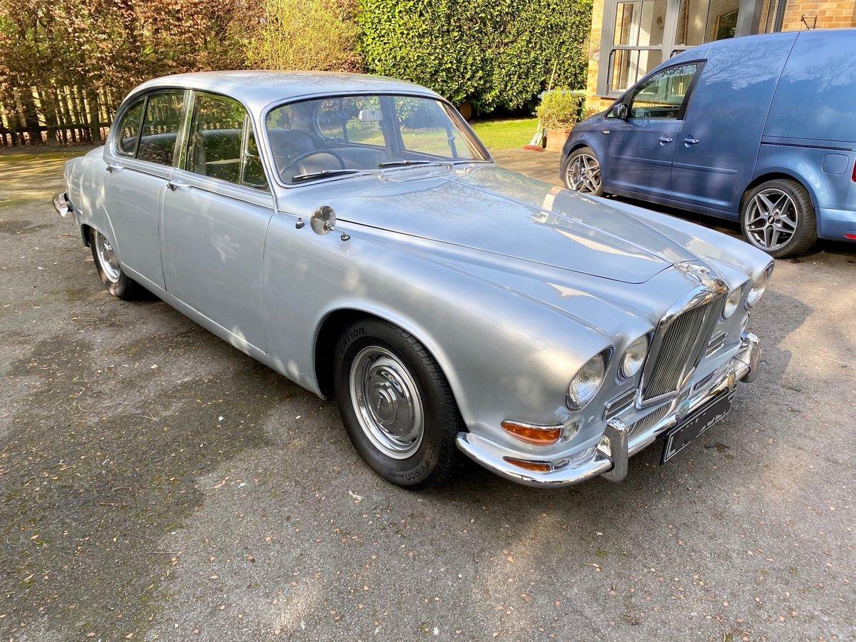 £11,995 : 1968 JAGUAR 420 For Sale (picture 2 of 12)