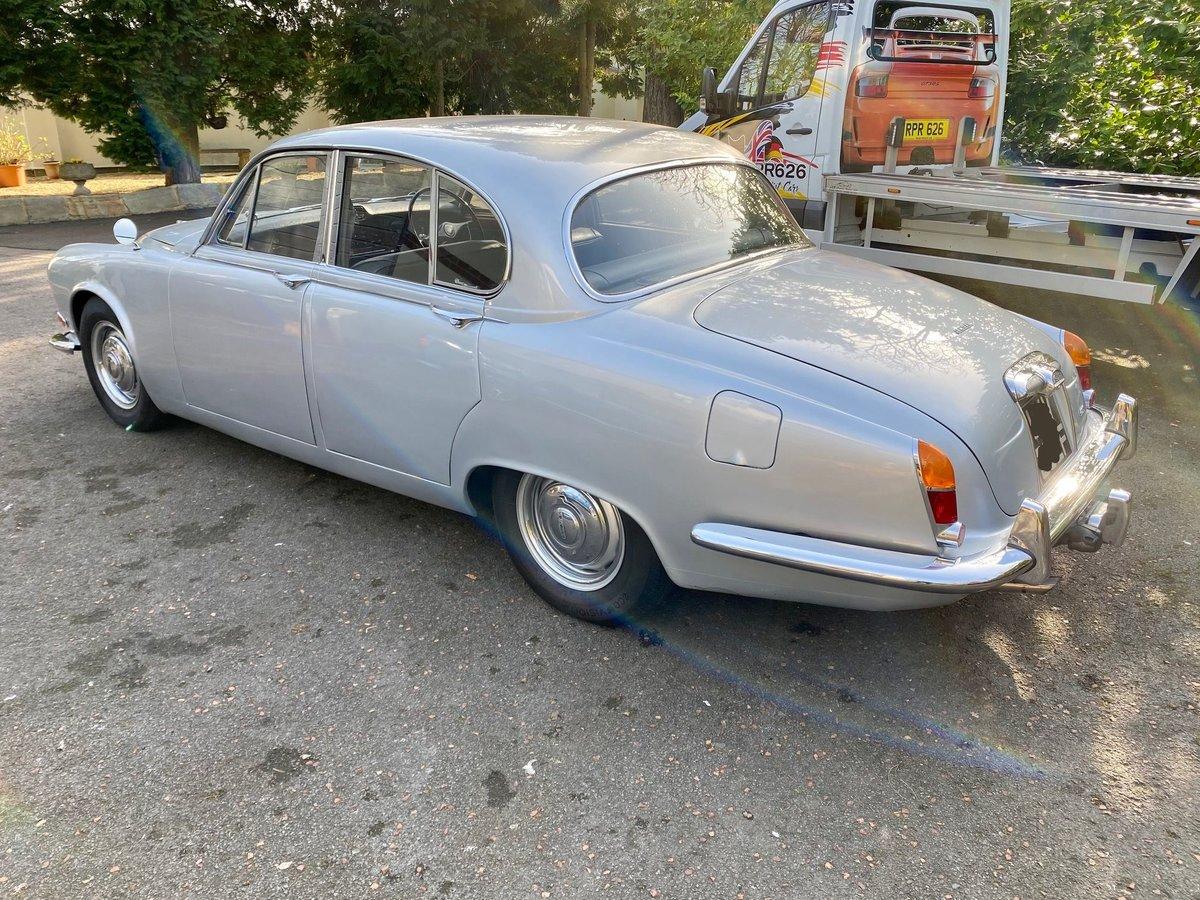 £11,995 : 1968 JAGUAR 420 For Sale (picture 5 of 12)