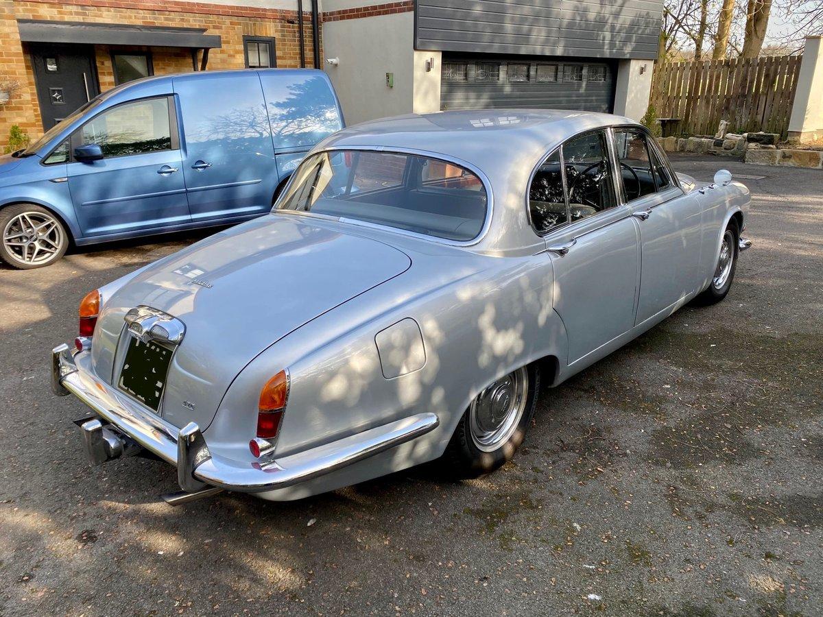£11,995 : 1968 JAGUAR 420 For Sale (picture 6 of 12)