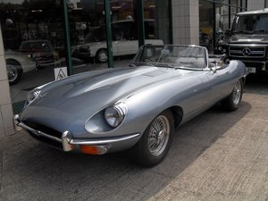 Picture of 1969 Jaguar E Type Roadster owned by inventor Trevor Baylis For Sale
