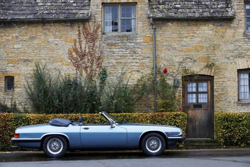 1988 Jaguar XJS 5.3 V12 convertible for hire in the Cotswolds For Hire (picture 2 of 6)
