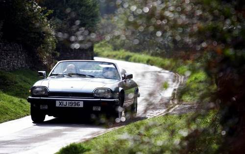 1988 Jaguar XJS 5.3 V12 convertible for hire in the Cotswolds For Hire (picture 5 of 6)