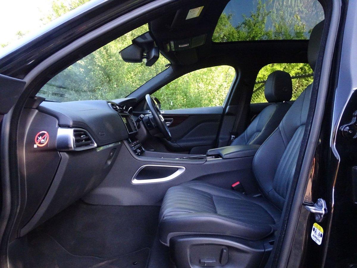 2018 Jaguar F-PACE For Sale (picture 3 of 20)
