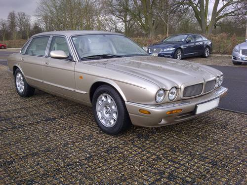 1999 Jaguar Sovereign V8 LWB (Daimler) Immaculate Wanted (picture 1 of 6)