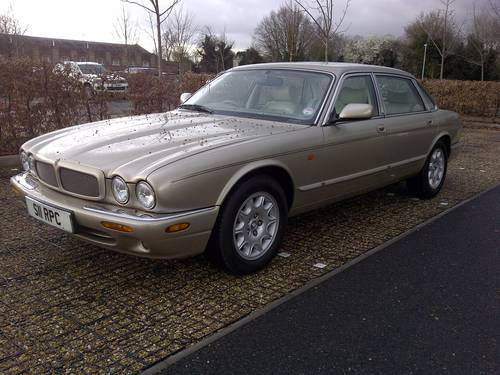 1999 Jaguar Sovereign V8 LWB (Daimler) Immaculate Wanted (picture 3 of 6)