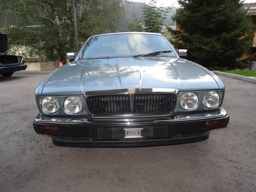 1991 Pristine Jaguar XJ V12 6.0 For Sale (picture 5 of 6)