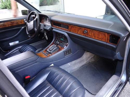 1991 Pristine Jaguar XJ V12 6.0 For Sale (picture 6 of 6)
