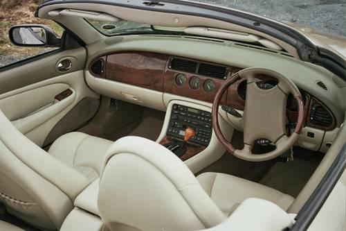 Jaguar Hire Yorkshire   Hire a Jaguar XK8  For Hire (picture 2 of 5)