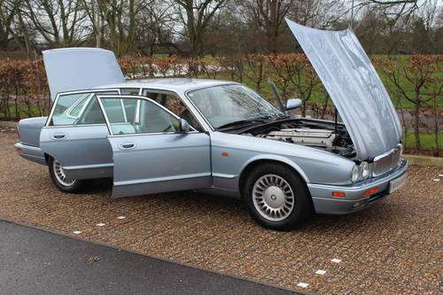 1997 Jaguar Sovereign AJ16 76k with FSH Amazing car! Wanted (picture 1 of 6)