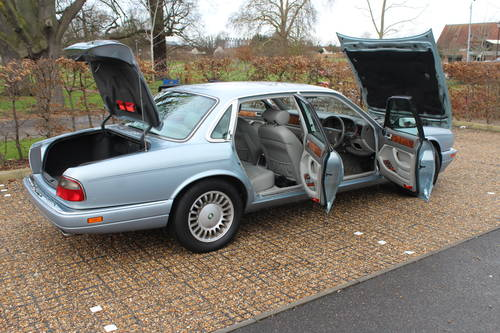 1997 Jaguar Sovereign AJ16 76k with FSH Amazing car! Wanted (picture 2 of 6)