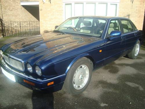 Jaguar Executive 1997 mdl 72k with FSH For Sale (picture 1 of 6)