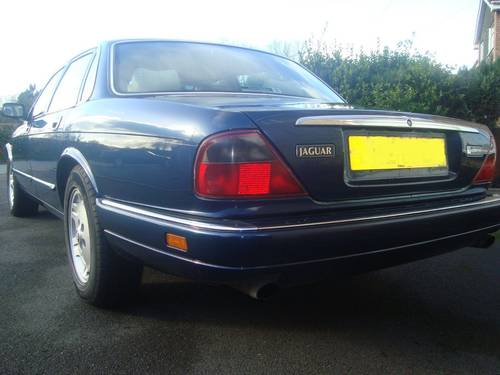 Jaguar Executive 1997 mdl 72k with FSH For Sale (picture 2 of 6)