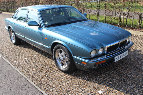 1997 Jaguar XJ6 3.2 AJ16 engine, only 61k  Amazing car! For Sale (picture 2 of 4)