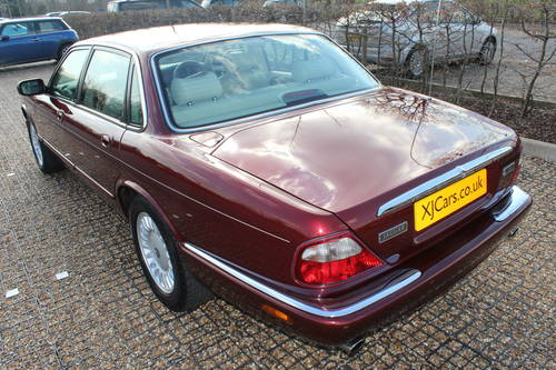 1998 Only 59k with FSH Stunning Red Jaguar 3 prev owners 100+pics For Sale (picture 3 of 6)