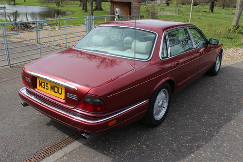 1995 Jaguar Sovereign X330 4 seater with Daimler style individual For Sale (picture 2 of 6)