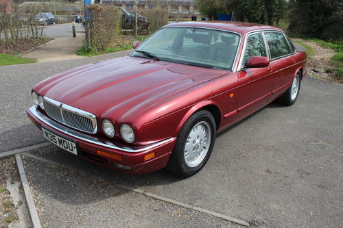1995 Jaguar Sovereign X330 4 seater with Daimler style individual For Sale (picture 6 of 6)