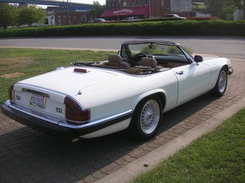 1988 Jaguar XJ6 V12 Convertible SOLD (picture 3 of 6)