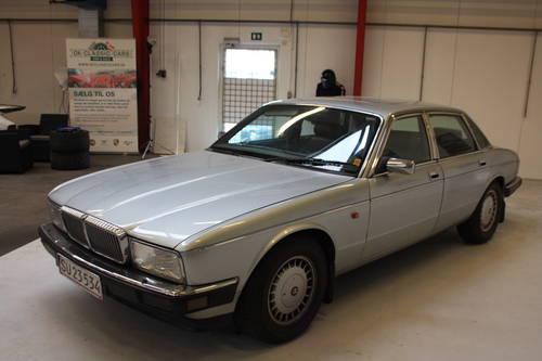 1991 Jaguar Daimler D6 For Sale (picture 2 of 6)