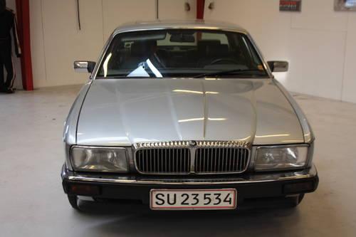 1991 Jaguar Daimler D6 For Sale (picture 3 of 6)