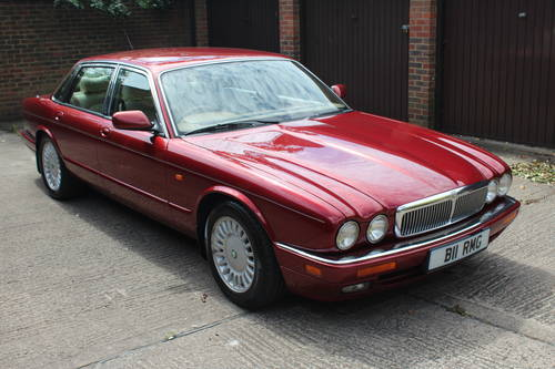 1995 Jaguar XJ12 6.0 V12 330 BHP X305 1 previous owner 88k miles For Sale (picture 1 of 6)