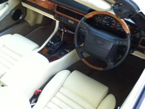 Jaguar XJS Convertible 4.0 1994 immaculate For Sale (picture 3 of 6)