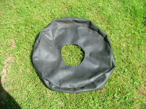 1980 XJS Jaguar. SPARE WHEEL COVER SOLD (picture 1 of 1)