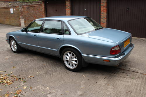 Jaguar XJ8 Sport 2002 with 67k miles with FSH - 150 photos For Sale (picture 3 of 6)