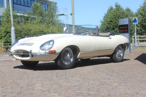 1964 Jaguar Series 1 E-Type 3.8 Roadster LHD SOLD (picture 2 of 5)