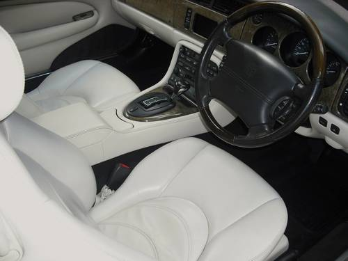 2003 JAGUAR XKR 4.2 COUPE,65,000 miles,SERVICE HISTORY,SAT/NAV For Sale (picture 4 of 6)