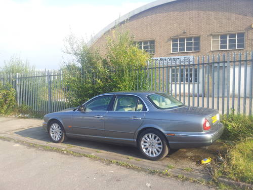 Jaguar XJ8 3.5SE V8 Aluminium Body Model 2003  For Sale (picture 2 of 6)