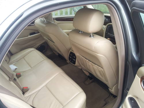 Jaguar XJ8 3.5SE V8 Aluminium Body Model 2003  For Sale (picture 4 of 6)