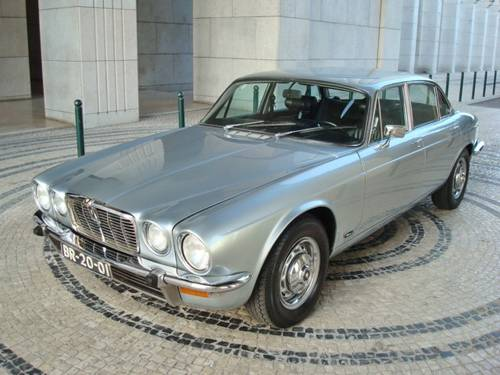 1974 Jaguar XJ12 L Series II For Sale (picture 1 of 6)
