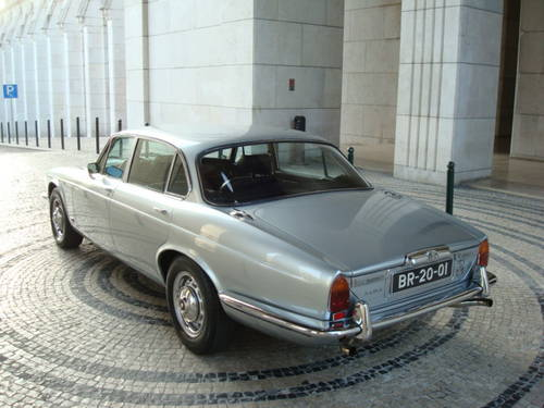 1974 Jaguar XJ12 L Series II For Sale (picture 2 of 6)