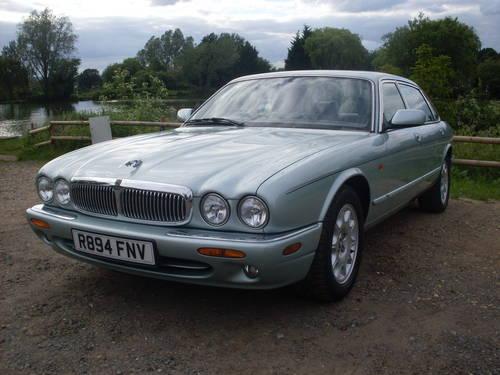 1998 Jaguar xj8 4.0 sovereign lwb SOLD (picture 4 of 6)