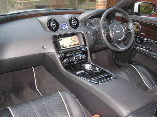 2012 Jaguar XJ 3.0 TD Portfolio With LWB Rear Seat Comfort Pack  For Sale (picture 3 of 6)