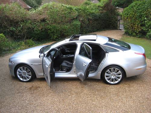 2012 Jaguar XJ 3.0 TD Portfolio With LWB Rear Seat Comfort Pack  For Sale (picture 5 of 6)