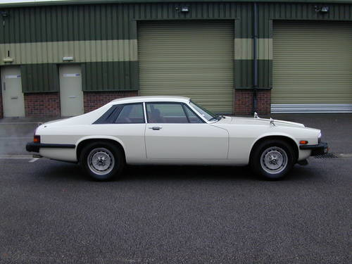 1977 JAGUAR XJS 5.3 V12 PRE HE - LHD - VERY LOW MILES! 23K!  For Sale (picture 2 of 6)