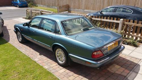 Jaguar XJ8 3.2 1999 only 64k miles Outstanding example For Sale (picture 6 of 6)