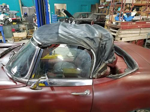 1970 series 2 Etype Roadster with hard top For Sale (picture 3 of 4)