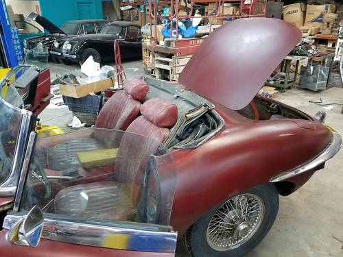 1970 series 2 Etype Roadster with hard top For Sale (picture 4 of 4)