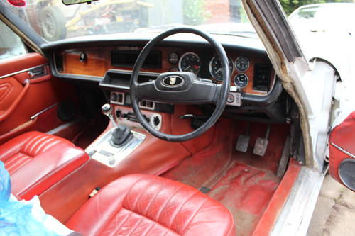 Jaguar Daimler Saloon or Coupe WANTED Wanted (picture 1 of 1)