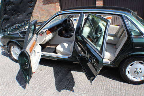 1997 Jaguar XJ6 Executive 3.2 with only 88k miles - 150 pics  For Sale (picture 6 of 6)