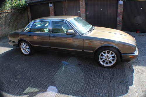 2001 Jaguar XJ8 Executive Sport in Roman Bronze 88k miles For Sale (picture 1 of 6)